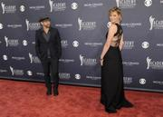 Jennifer Nettles (Sugarland) - 46th ACM Awards - arrivals (4/3/2011) - X 15 LQs **HQ ADDS**