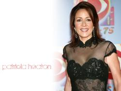 Patricia Heaton Wallpapers Th_83035_tduid1721_Forum.anhmjn.com_20101130090629004_122_396lo