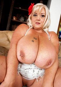 40 plus chubby mega juggs