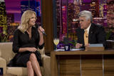 th_80290_Celebutopia-Charlize_Theron_appears_on_The_Tonight_Show_With_Jay_Leno-08_122_557lo.jpg